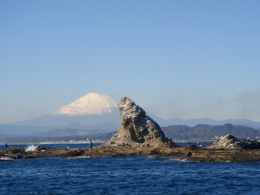 Eboshi rock and Mount Fuji